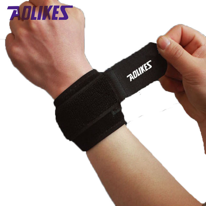 AOLIKES 2Pcs/Lot Wrist band Men For Gym Powerlifting Wrist Support Wraps Straps Protector Wristwraps Sports Fitness Wristband