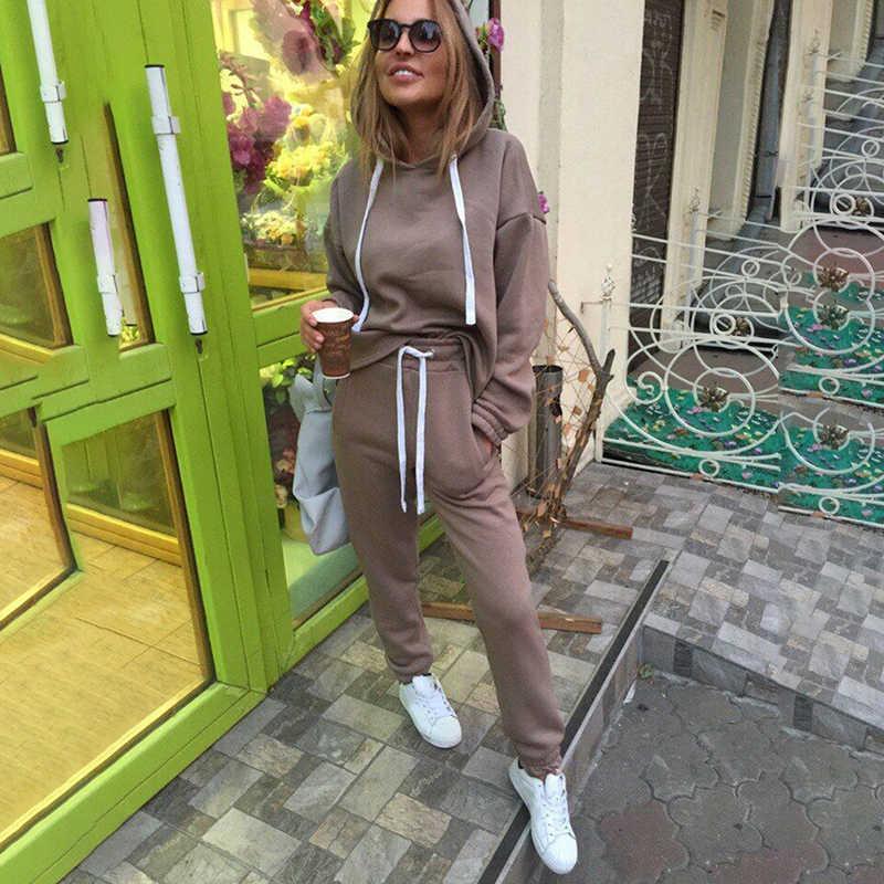 2 枚組新ファッションカジュアルスーツ秋のフード付きプルオーバーフリース & ルースパンツツーピースセット女性固体パーカー + ズボン