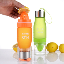 New 650ML Creative Fruit Juice Infuser Water Bottle Plastic Portable With Rope Lemon For Outdoor Shaker Sport