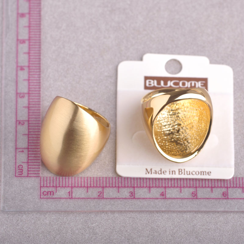 Blucome Dubai Big Wide Women Cocktail Bridal Ring Alloy Gold-color Smooth Round Rings Anel Party Wedding Anniversary Jewelry 5