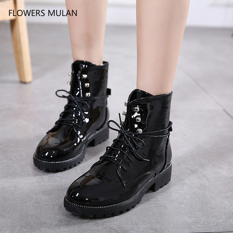 High Quality Black Patent Leather British Style Cool Girl Motorcycle Boots Non-slip Soft Rubber Heel Cross Tied Women Shoes New цена