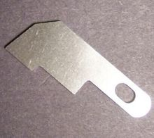 LOWER KNIFE BOTTOM BLADE TO FIT BABYLOCK OVERLOCKER/SERGER #AM-R11-01A