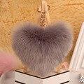 2016 El Amor Del Corazón Llavero de Piel de Piel Sintética Pom Pom Llavero porte clef pompón pompón de fourrure Encantos Del Bolso del Día de San Valentín regalo