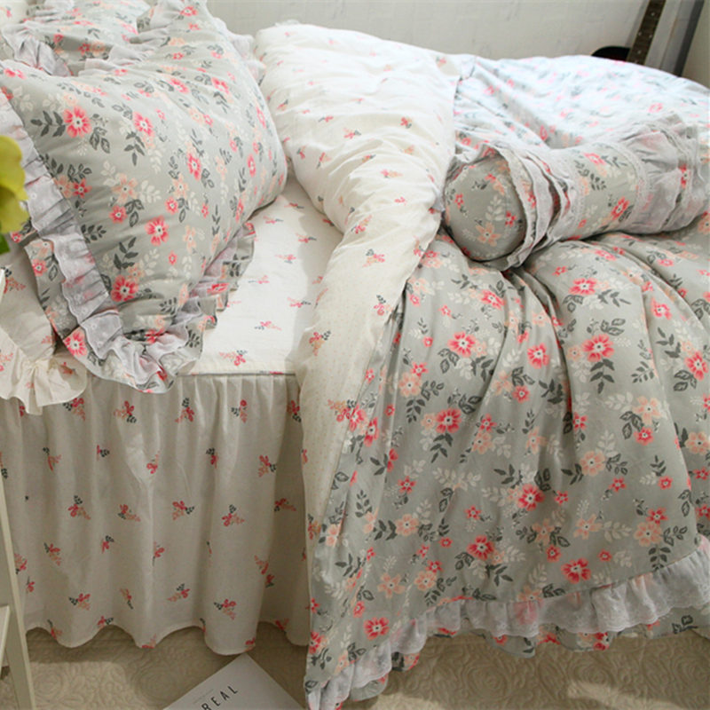 QAN New fashion bedding set lace ruffle duvet cover bed sheet set bed skirt bedspread bed cover bedding princess cotton fabricQAN New fashion bedding set lace ruffle duvet cover bed sheet set bed skirt bedspread bed cover bedding princess cotton fabric