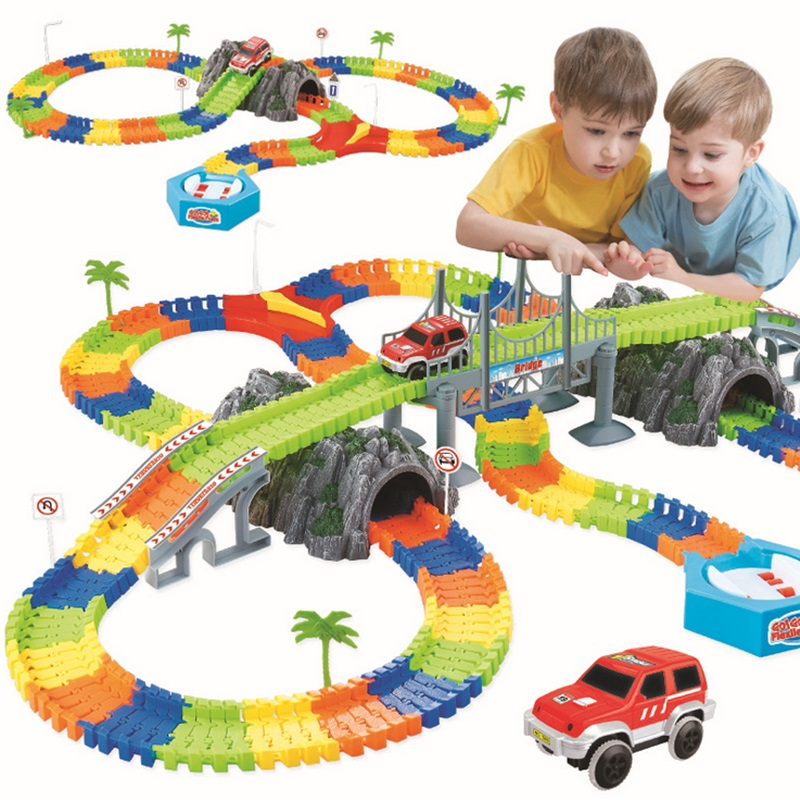 DROPSHIPPING Mega Set Miraculous Race Track Bend Flex Car Toy Track Set DIY Tracks with Electronic
