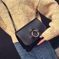 2017 Corea Del estilo redondo del anillo de las mujeres de cuero bolso de las señoras bolsos crossbody bolsa de hombro femenino ocasional pequeño mini mensajero de las mujeres
