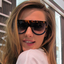 XIWANG European American Large Frame Sunglasses Ladies Personality Fashion Gradient Color Anti-Ultraviolet Glasses