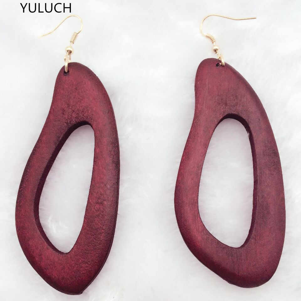 Pair good  charm african red green brown colorlong wood  Latest new arrival wood  earrings new design quality