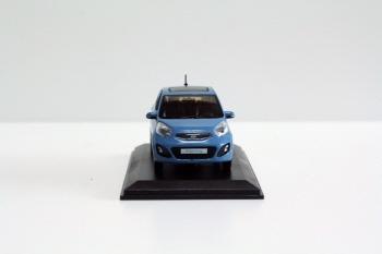Azul 1/38 Kia mañana PICANTO fundido a troquel Mini modelo a escala del coche juguetes 3 colores disponibles Classic juguetes miniatura artesanal