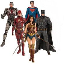 DC Comics Liga Da Justiça Cyborg Batman The Flash ARTFX Superman Mulher Maravilha Estátua Action Figure Toy Model Collection(China)