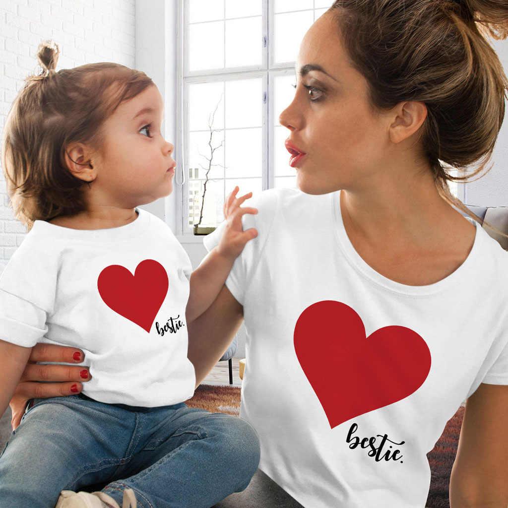 Mamá y yo ropa madre hija juego familia trajes camiseta mamá niños niñas dulce algodón corazón impreso Top