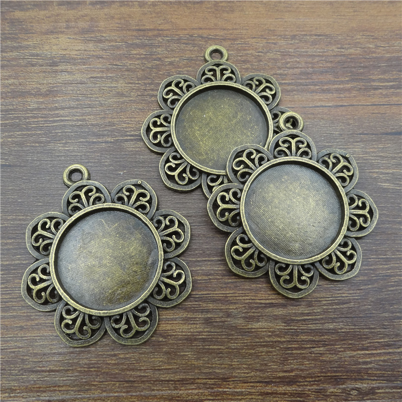 10pcs 25mm Ancient Bronze Retro flower Necklace Pendant Setting Cabochon Cameo Base Tray Bezel Blank Jewelry Findings&components