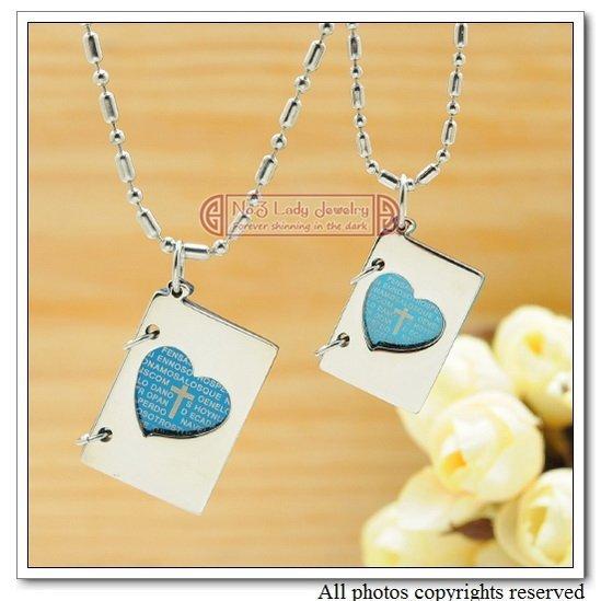 Livro da bíblia colar de pingente de moda para o casal amor corações jóias clássico aço inoxidável 316l atacado WP292
