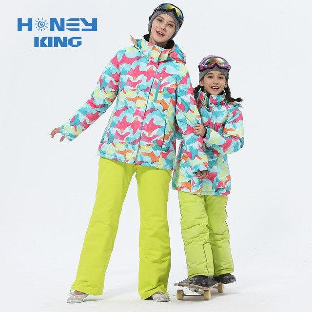 Trajes de esquí de las muchachas de la madre impermeables calientes chaquetas de esquí del snowboard de los niños a prueba de viento + pantalón de invierno adultos niños ropa de esquí traje