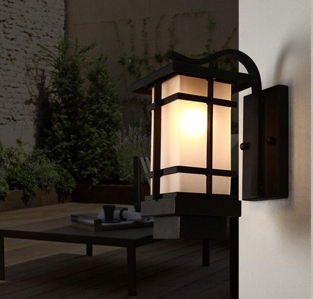 outdoor wandlampen retro veranda licht art deco muur lantaarns ijzer vintage tuin wandlamp in. Black Bedroom Furniture Sets. Home Design Ideas