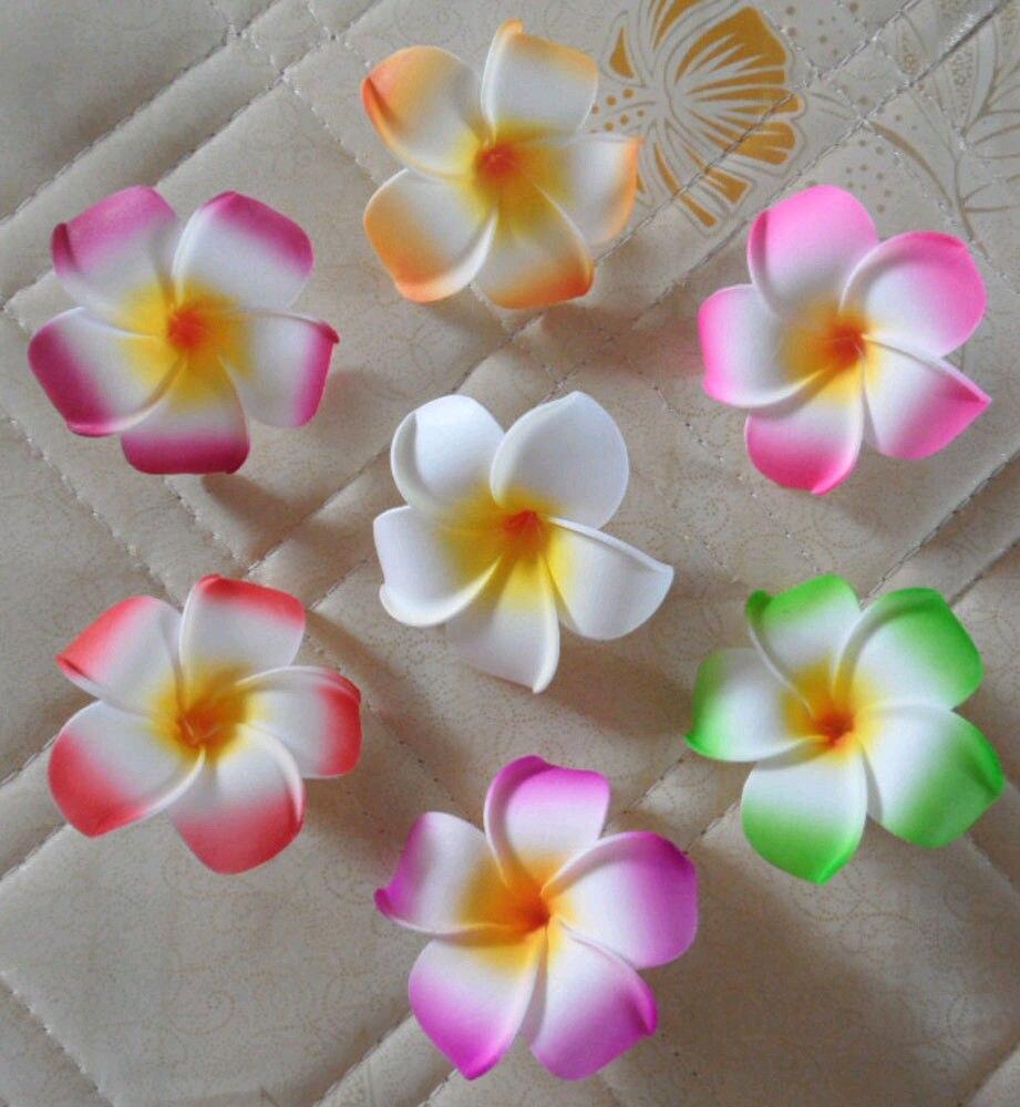 50 шт. смешанные цвет пены Гавайский цветок Плюмерия Frangipani цветок Свадебный декор 4,5 см с черным зажимом
