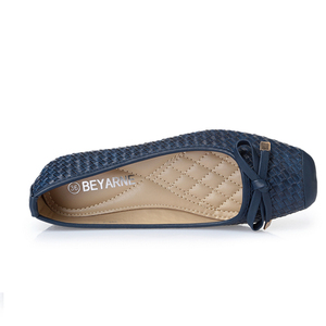 Image 3 - BEYARNE משלוח חינם חדש אופנה מעצב נשים של אמיתי קשת עור רך תחתון שטוח נעלי נשים שחור גדול גודל EUR 35 41