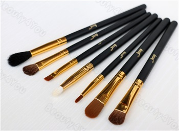 Jessup Basic Eye brushes Set blend shadow angled Eyeliner smoked bloom makeup brush Black/Gold 7pcsset