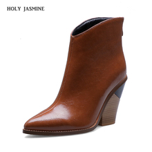 2019 Fashion Embossed Microfiber Leather Women Ankle Boots Pointed Toe Western Cowboy Boots Women Mid calf Chunky Wedges Boots