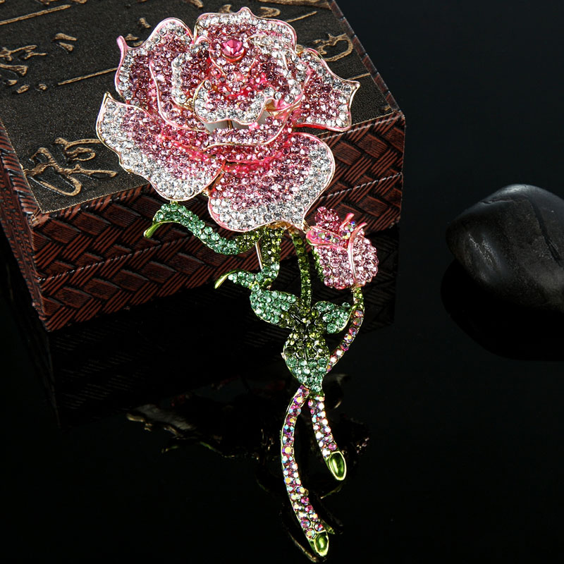 Blucome Big Size Rose Flower Brooch For Women Wedding Jewelry Pink Crystal Brooches Bijuterias Fashion Women Enamel Hijab Pins brooch pins pink flamingo brooches for women love cute gift enamel lapel pin broche broches 2018 fashion jewelry accessories