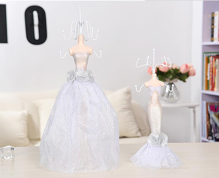 38cm Wedding princess Sequins Gown Mannequin Earring Necklace Stand Display Holder L Size white Ring storage jewelry rack C548 in Mannequins from Home Garden