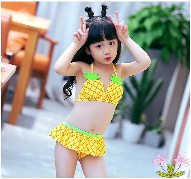japanese-wearing-bikini