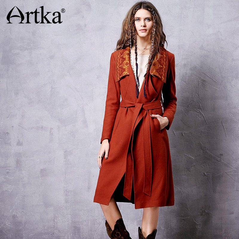 ARTKA 2018 Winter New Floral Embroidered Thin Waist Turn down Collar Vintage Ethnic Woolen Coat With