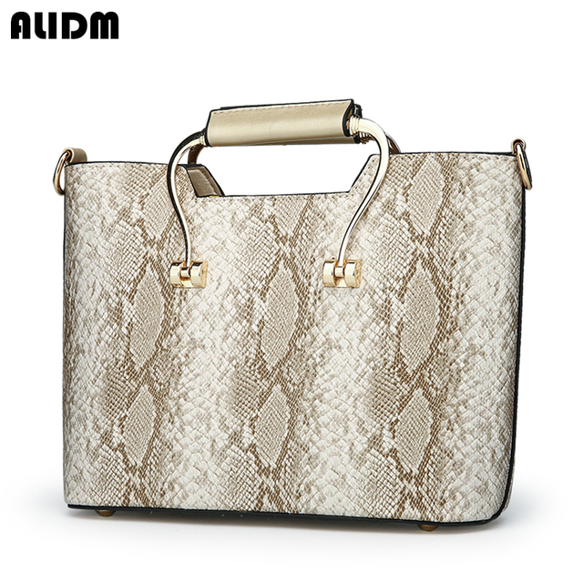 1c715ec11cec New Fashion PU Leather Women Bag Ladies Luxury Snake Shoulder Bags Designer  Handbags High Quality 2018 Spring Ladies Tote Bag