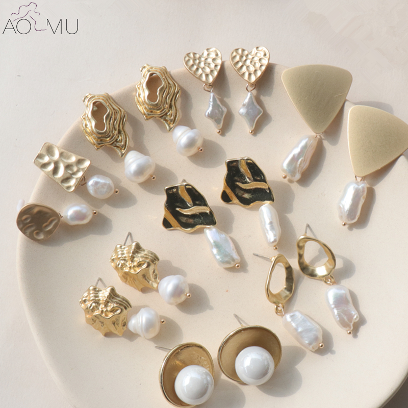 AOMU Stud-Earrings Geometric Irregular Natural-Freshwater-Pearl Gold Triangle Love Heart