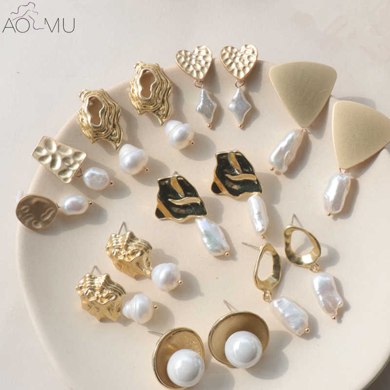 AOMU New Design Matte Metal Gold Love Heart Triangle Geometric Irregular Natural Freshwater Pearl Stud Earrings for Women