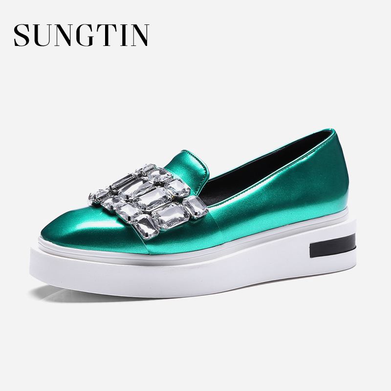 Sungtin Sexy Chic Crystal Platform Flats Shoes Women Solid Casual Loafers Shoes 2018 Spring Female Slip-On Flats Moccasins chic glitter shoes women loafers black silver lace up bowknot casual ballet flats slip on rhinestone sneakers sequins moccasins