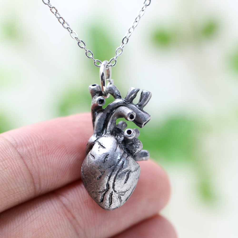 Punk Anatomia Heart Pendant Anatomy Jewelry Anatomical Heart Necklace Science Biology Necklaces Antique Silver Women 17*30mm