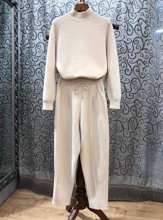 2018 autumn and winter, small turtleneck, long sleeves, pure blouse + drawstring waist trousers, pure color suit1101