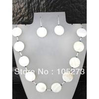 Commercio all'ingrosso Naturale Shell Gioielli 6-20mm Colore Bianco Madreperla Collana Gioielli Orecchini Set Wedding Partito di Promenade vacanza