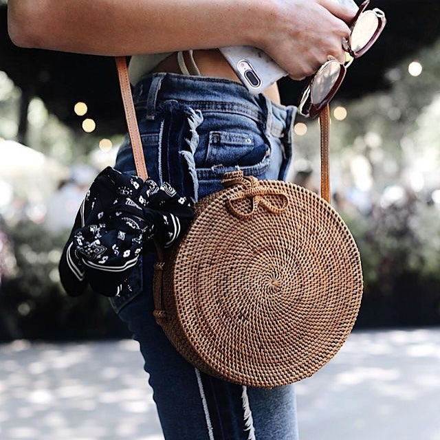 INS Popular 2018 hot sale Vietnam Hand Woven Bag Round Rattan Straw Bags Bohemia Style Beach Circle Bag free shipping