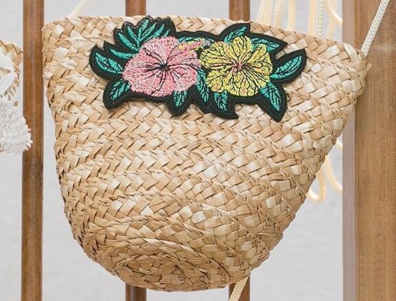 US $4 88 |2018 Korean version of summer seaside flowers smiley children  straw bag shoulder diagonal beach bag on Aliexpress com | Alibaba Group
