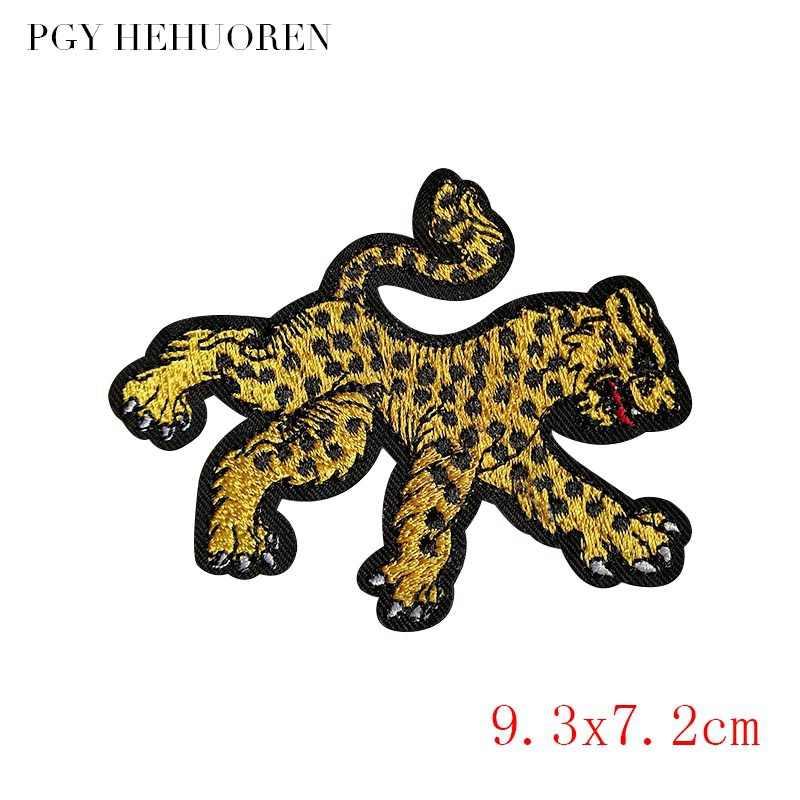 Parche de Gato de Anime, parche bordado, parche de bolsillo, bonitos parches de perro, Lobo, leopardo, Hierro en dibujos animados para adhesivo para ropa