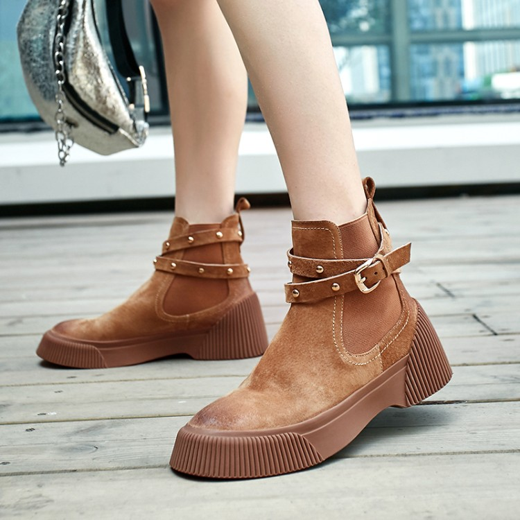 MLJUESE 2019 women ankle boots Pigskin brown color retro winter short plush pointed toe platform flat women Chelsea boots - 2