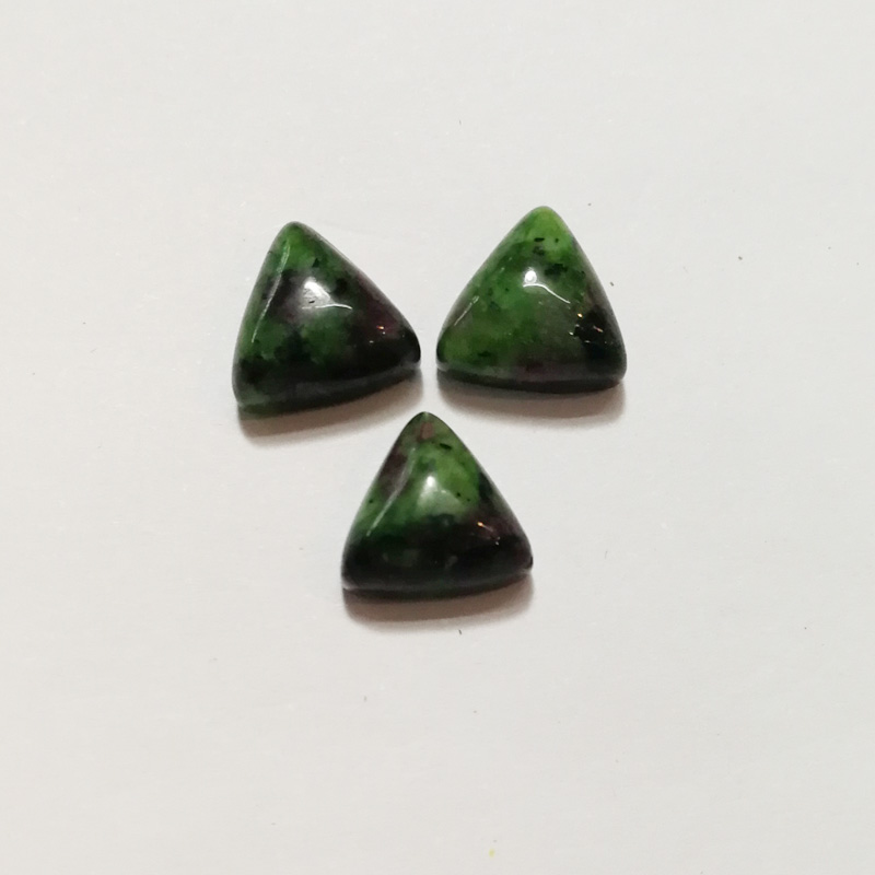 Wholesale Fashion Triangle CAB CABOCHON natural Epidote stone beads for jewelry Accessories 10x10x5mm 50pcs/lot free shipping