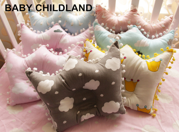 Baby Pillow newborn Cute Cotton baby room decoration pillow neck protection baby cloud crown pillow newborn photography props