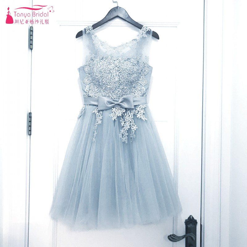 A Line Lace Short Prom Dresses 2018 Sliver Grey Tulle Short Sleeves Fashion Illusion Neckline Prom Gowns DQG01
