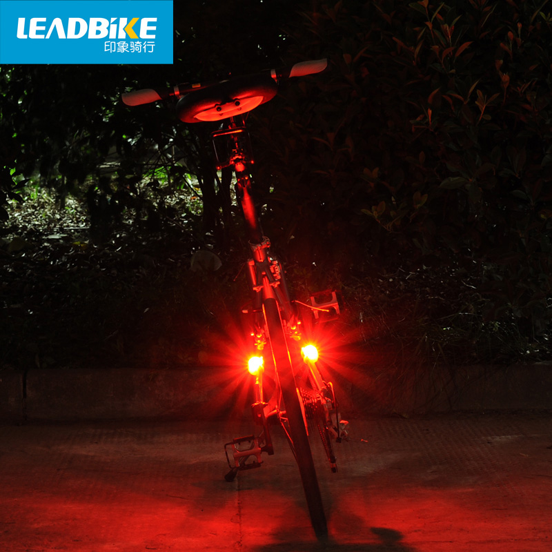 LED bljeskalica Mini bljeskalica 3 načina silicijsko vodootporna - Biciklizam - Foto 5