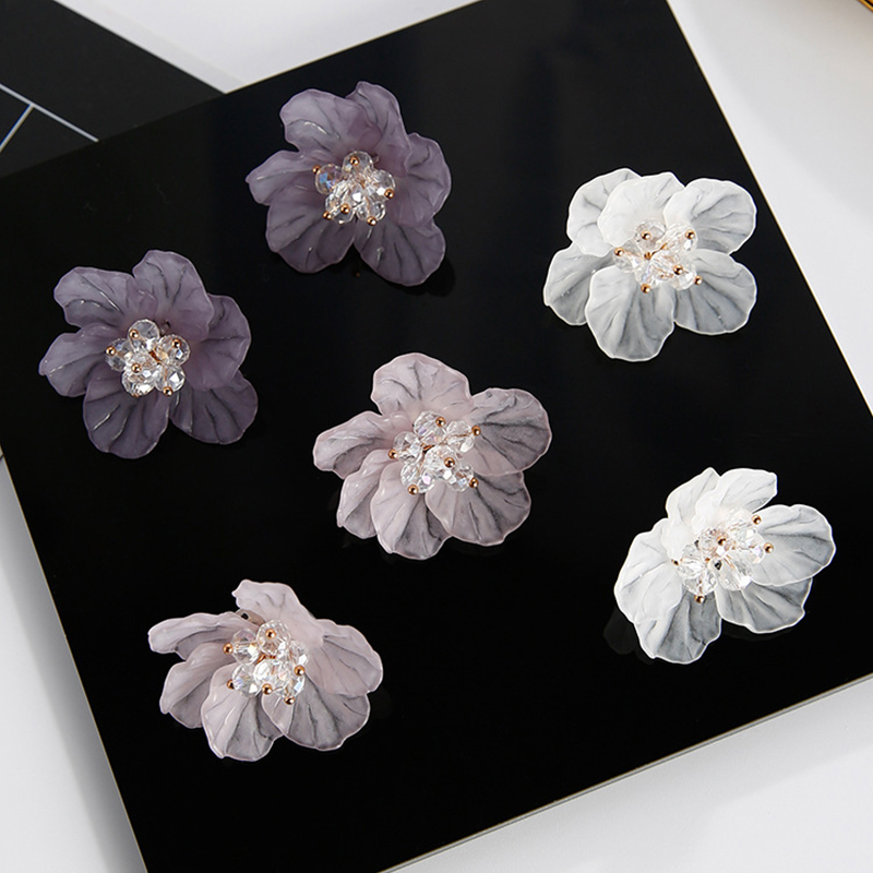 LNRRABC Camellia Ear Stud Crystal Earrings Gril Women Temperament Charm Big 3D Flower Petals 1Pair Sale Acrylic Jewelry Gift
