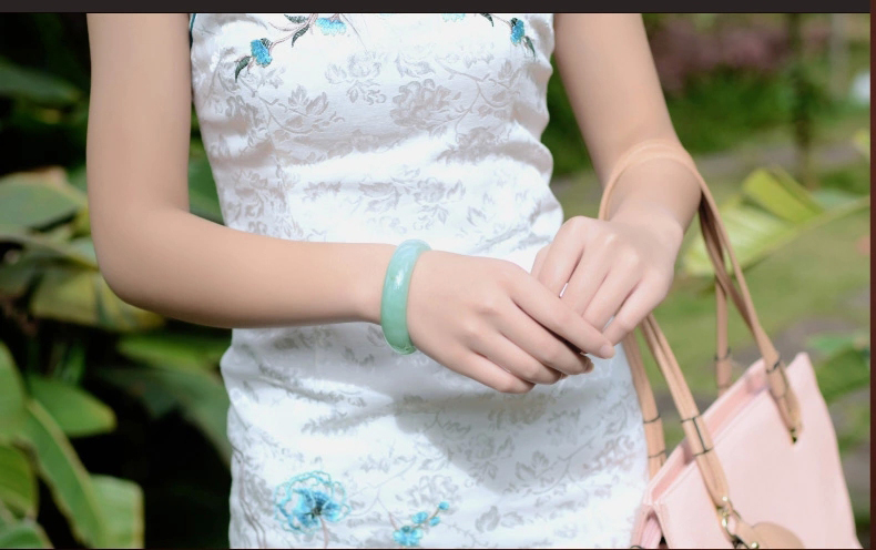 glowing large good bracelets natural bangle bangles a bracelet mine burmese ying genuine jadeite old green grade collections best jade