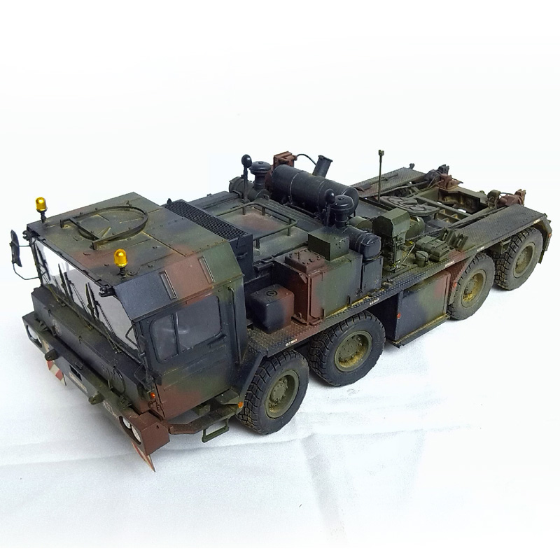 Brand New YJ 1/35 Assembly Military Model Toys FAUN SLT-56 TANK TRANSPORTER Truck DIY Education ABS Car Model Toy For Gift 97pcs diy wooden tractor mechanical transmission model assembly puzzle toy for ugears gift
