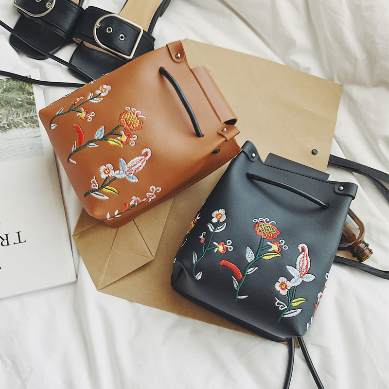 2018 Handbag bucket bag PU Leather Crossbody Small bags Flower Embroidery Messenger Bag pink Embroided Feminina Bags pink pvc crossbody bags with small pu bags