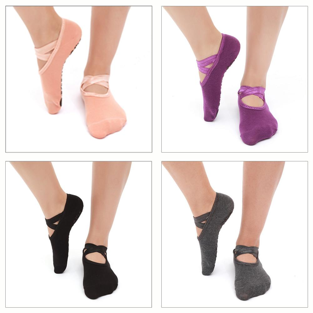 2018 Hot Sell Round Yoga Socks Ladies Ballet Dancing Socks Anti-slip Sports Cotton Socks With Ribbons Fitness Socks Slippers