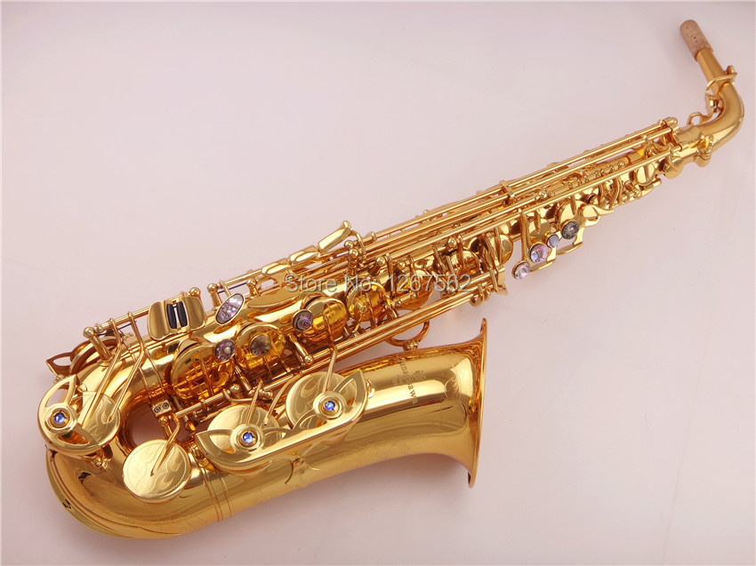 цена  Brand New Factory Yanagisawa Alto Saxophone A-901 Gold Lacquer Professional Gold Sax mouthpiece With Case and Accessories  онлайн в 2017 году
