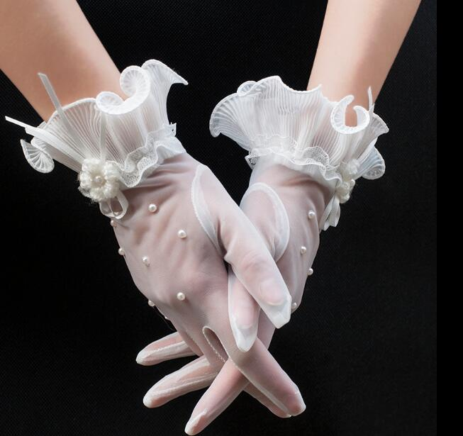 Women's Elegant White Color Pearl Beaded Mesh Glove Female Spring Summer Sunscreen Transparent Lace Glove R1478