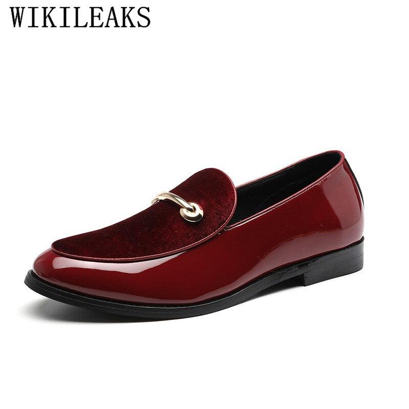 2019 Design Formale Schuhe Männer Spitz Patent Leder Casual Hochzeit Liesure Kleid Schuhe Oxford Schuhe Für Männer Müßiggänger